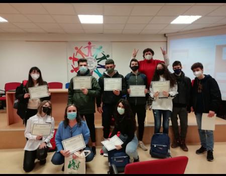 Alumnos del instituto Clavero Fernández de Córdoba son premiados por sus trabajos de consumo responsable