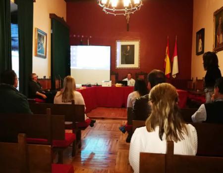 Almagro realiza el sorteo de las once mesas electorales del único Colegio Electoral