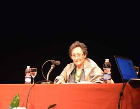 Almagro lamenta el fallecimiento de la poeta Francisca Aguirre