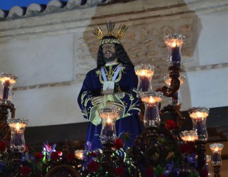 El Rescatado y María Magdalena finalizan su recorrido procesional diez minutos antes de comenzar a llover