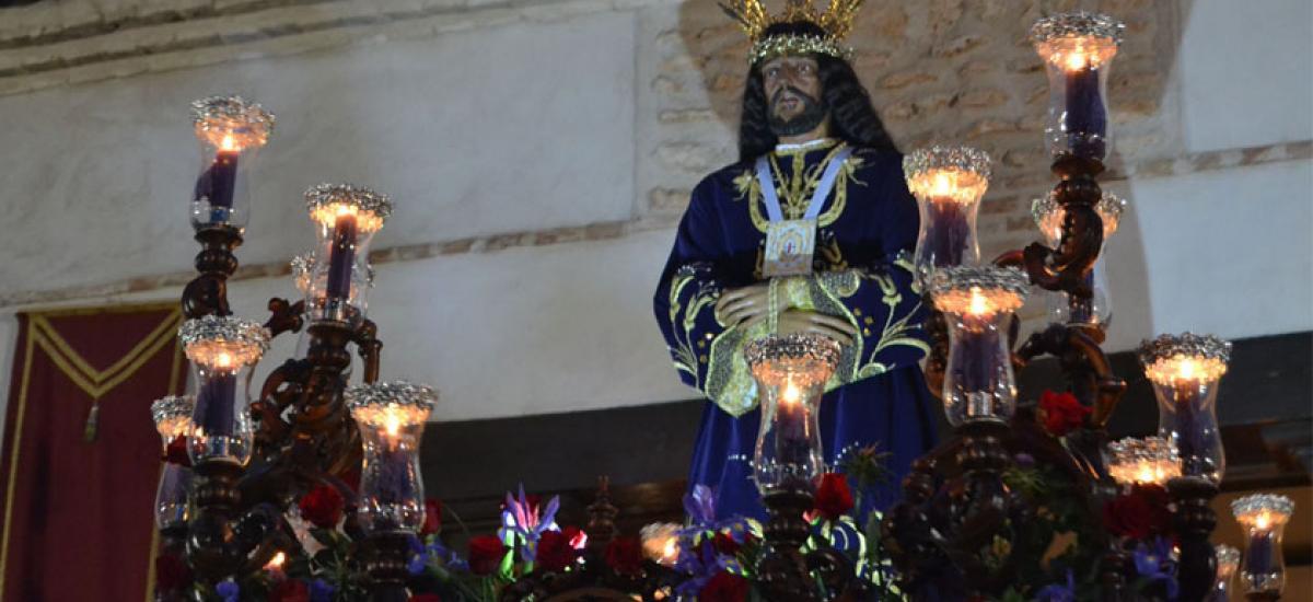 La Magdalena de Almagro saca su paso con una brillante procesión