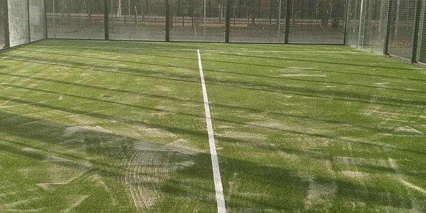 La pista cubierta de pádel se reabre este martes