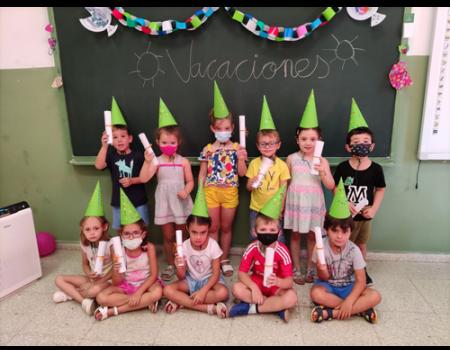 La escuela municipal de verano finaliza con la participación de más de 100 niños