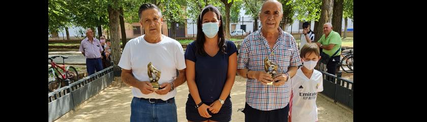 El tradicional campeonato de petanca de Feria recuerda a Vicente Ureña
