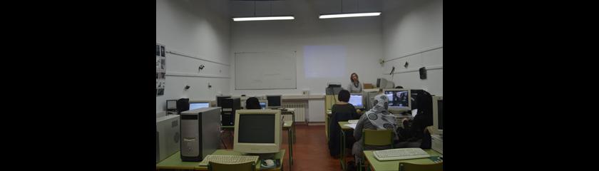 Un grupo de mujeres se forma en empleo y emprendimiento