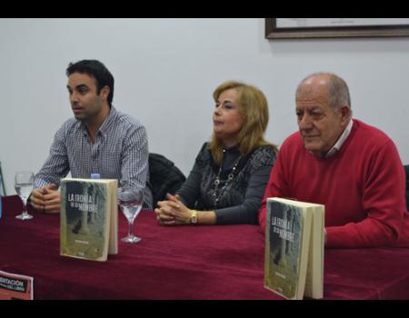 """""""La ironía de su nombre"""" de Soledad Arenas, testimonio de la postguerra en Almagro"""