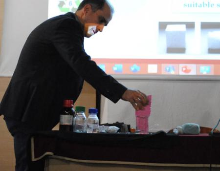 El plástico, su adecuada utilización y gestión como residuo centraron la primera conferencia del Ateneo de este año