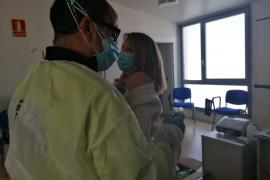 Los sanitarios del Centro de Salud de Almagro ya han sido vacunados con la primera dosis de la vacuna de la COVID-19