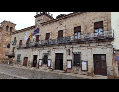 El Ayuntamiento cierra la atención presencial al público como medida preventiva frente a la COVID-19