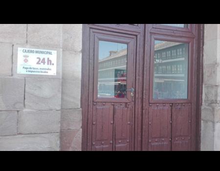 El Ayuntamiento instala un cajero para el pago de impuestos y tasas municipales
