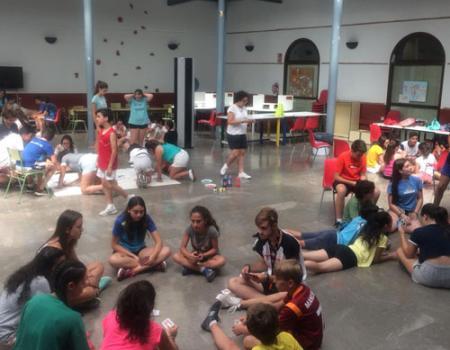 Más de 175 niños disfrutan desde hoy de la Escuela de Verano y del Verano Joven