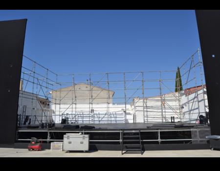 Reconocimientos, estrenos, versiones originales y música se dan cita en el Palacio de los Oviedo