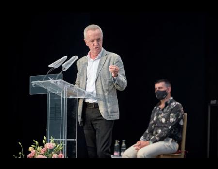 Carlos Hipólito y Andrés Peláez recibirán el Premio Lorenzo Luzuriaga, que otorga UGT Servicios Públicos