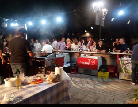 Amfisa recauda 500 euros de la verbena solidaria