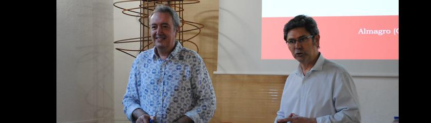El historiador Pedro Ripoll imparte una conferencia sobre el origen de los pueblos del Campo de Calatrava