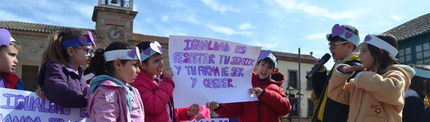 Los centros educativos de Almagro reivindican la igualdad