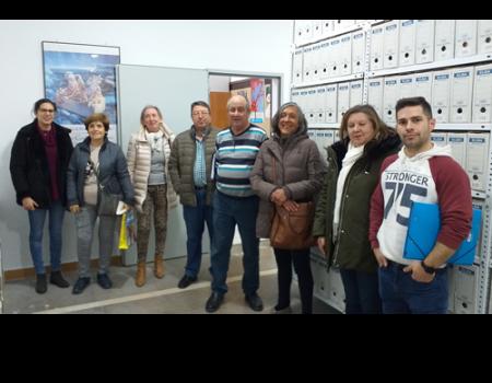 La UP aprende scrap y visita el archivo municipal