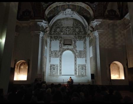 La iglesia de San Agustín se llenó de ánimas, difuntos y muerte en la Noche de los Difuntos