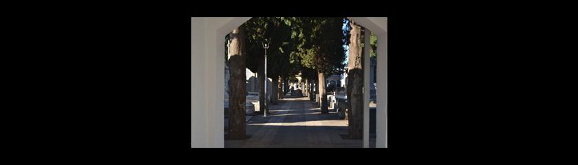 El Ayuntamiento publica un bando para informar de las medidas y horario especial del Cementerio por la festividad de Todos los Santos