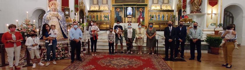 La Esclavitud de la Santa Veracruz reconoce a sus hermanos con más de 25 y 50 años en la Hermandad
