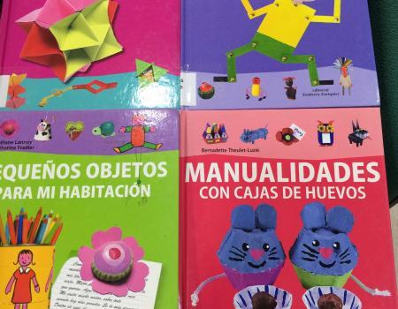Nuevos libros en la biblioteca infantil