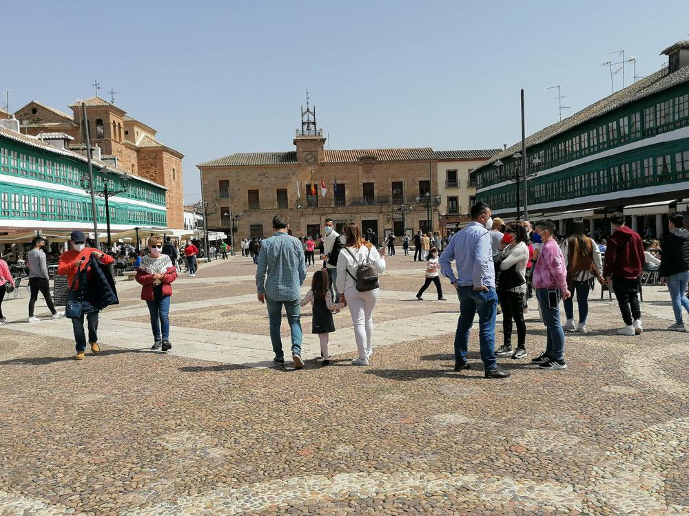 Castilla-La Mancha prolonga su cierre perimetral y el toque de queda será de 00:00 horas a 6:00 horas de la mañana desde el sábado