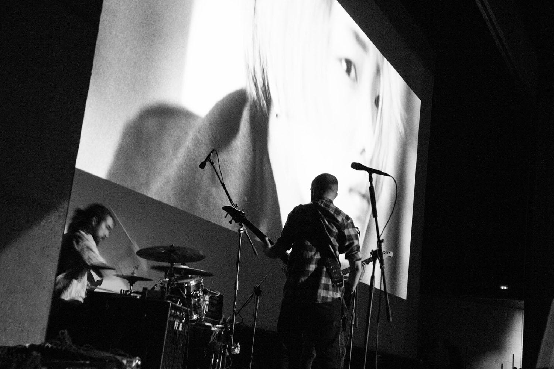 Artistas internacionales, nacionales y locales han puesto música a los cortometrajes proyectados en la noche del sábado en el Festival Internacional de Cine