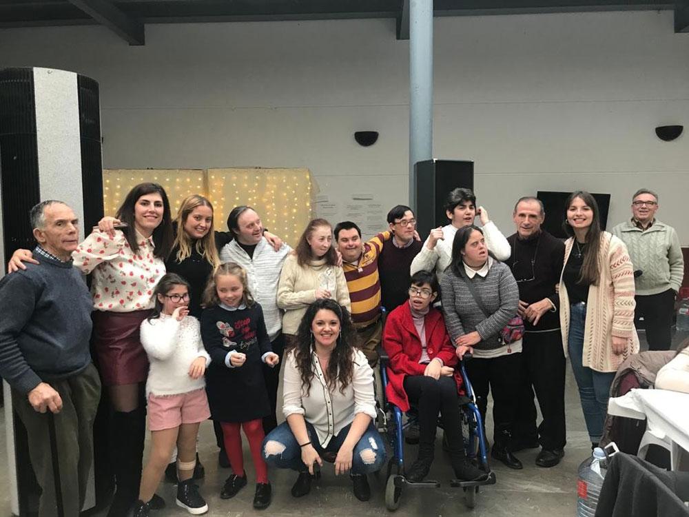 Los actos para celebrar el Día Internacional de las Personas con Discapacidad comenzaron con una gala de música y baile