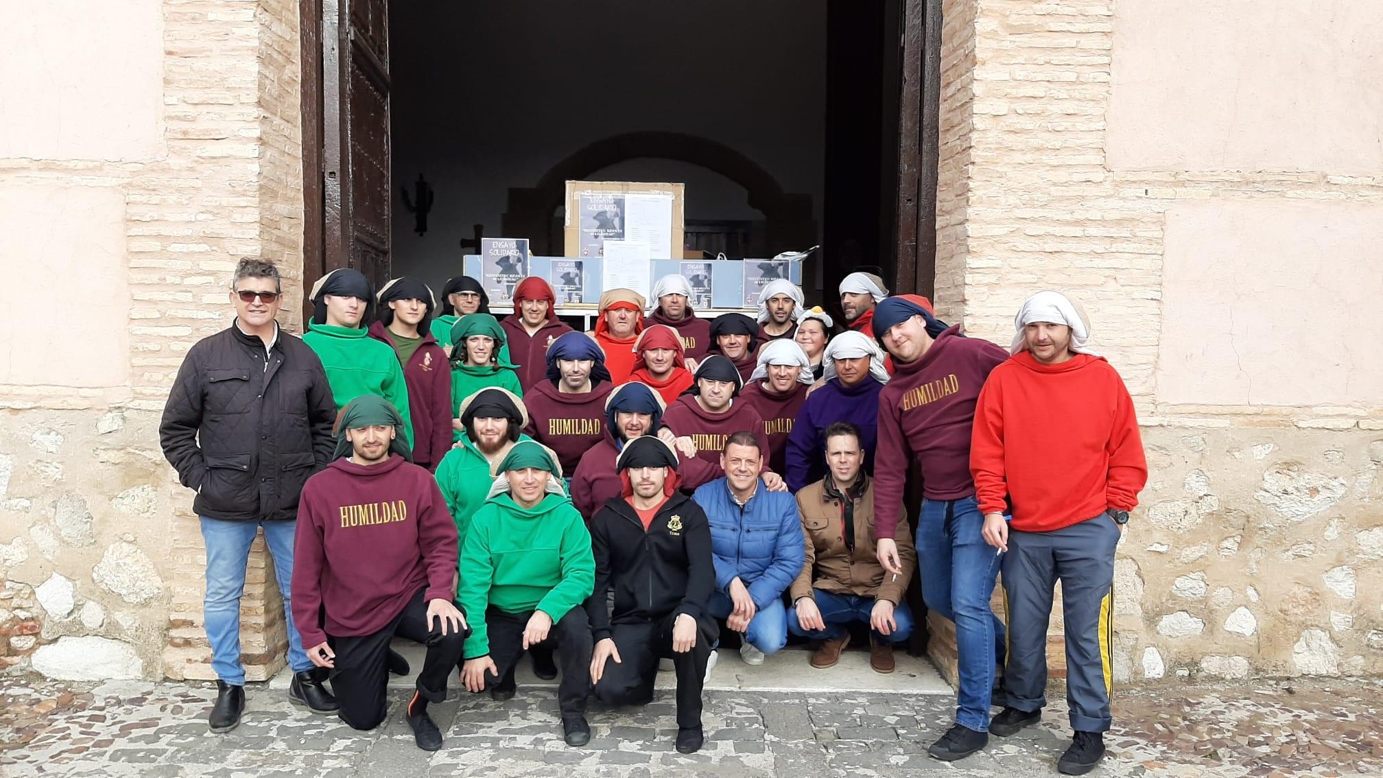 Las hermandades de Santiago y San Juan se hacen más solidarias en Navidad