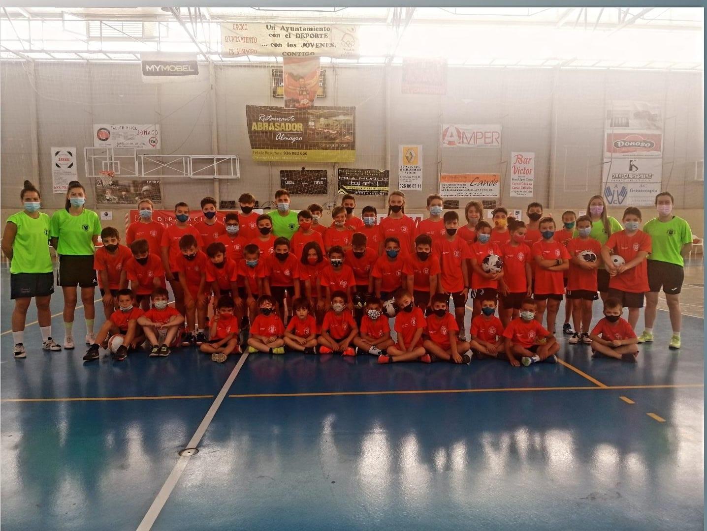 Los campus deportivos se suceden cada semana en Almagro