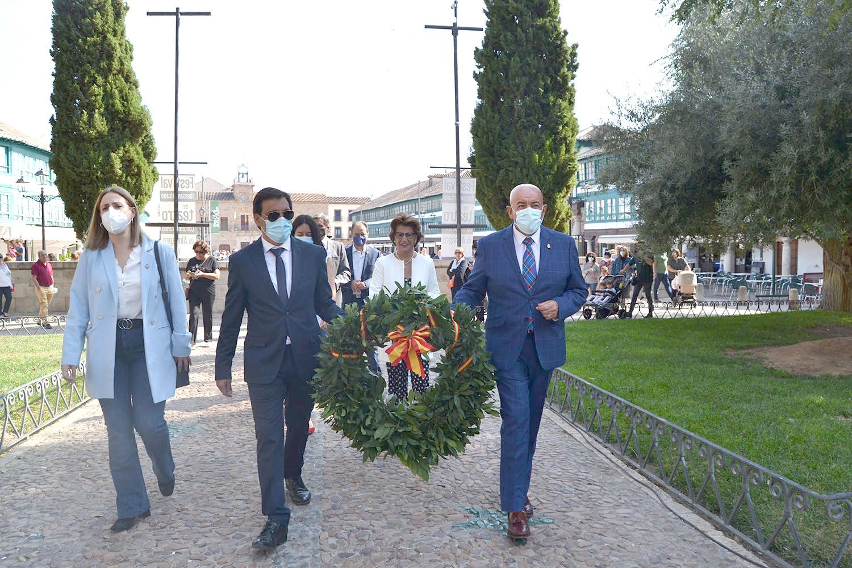 Almagro celebra el Día de la Fiesta Nacional en los jardines dedicados a Don Diego de Almagro, Adelantado de Chile