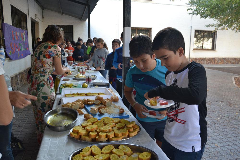 Los alumnos de Almagro inician la Semana Europea del Deporte con entrenamiento HIIT y desayuno saludable