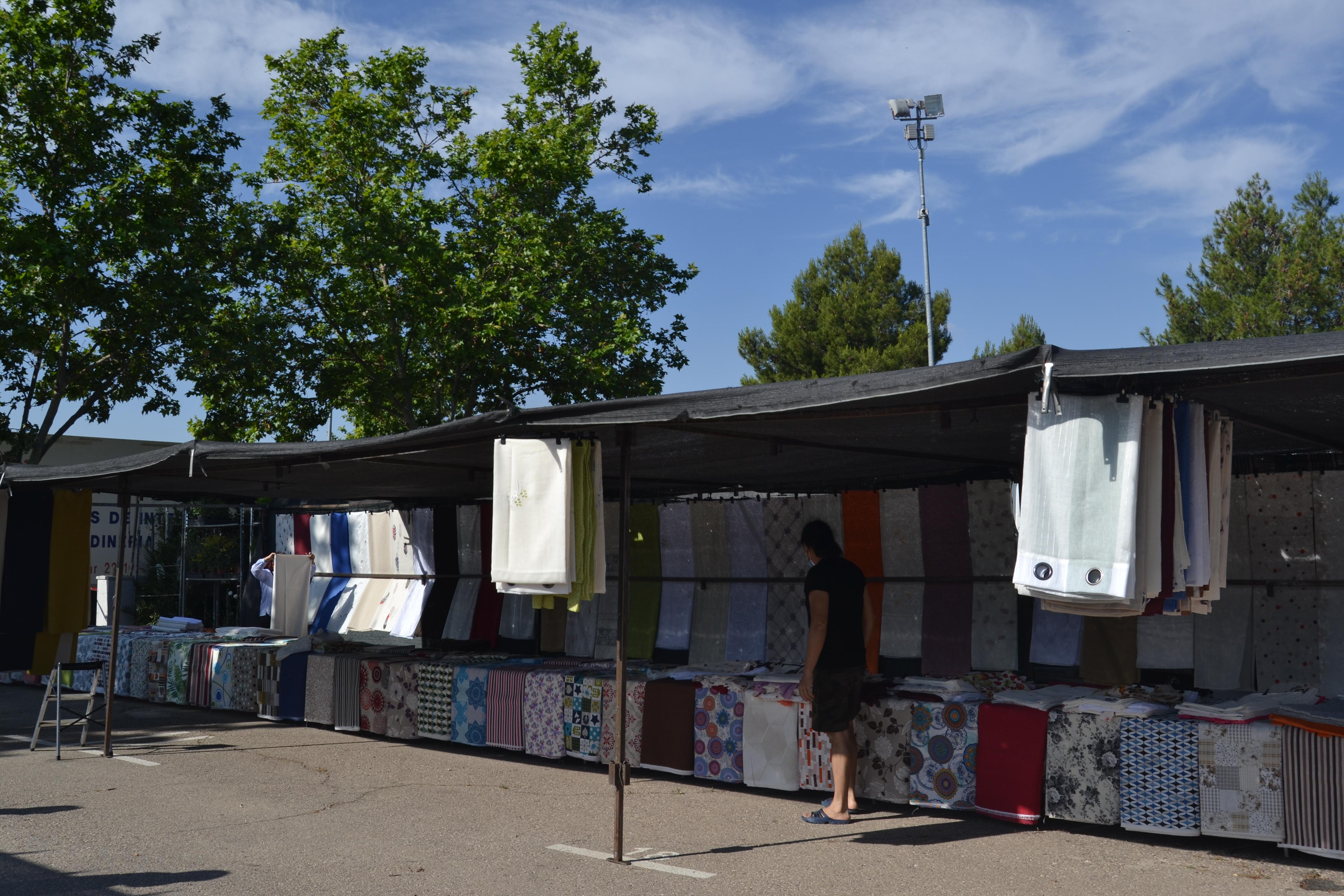 El Ayuntamiento de Almagro reestructura el mercadillo para poder dar cabida a todos los puestos